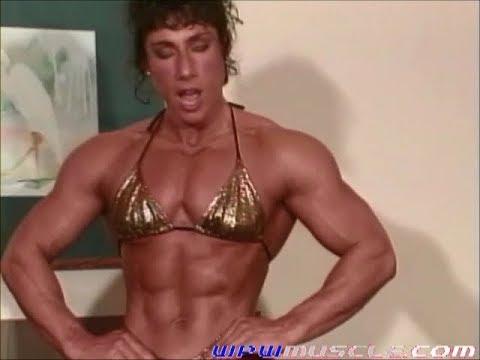 Dawn Whitham posing on the streetKaynak: YouTube · Süre: 38 saniye