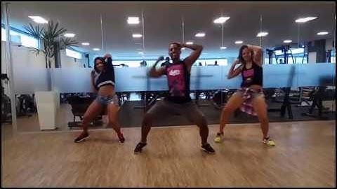 coreografia fitdance voce subia  kuarto de empregada