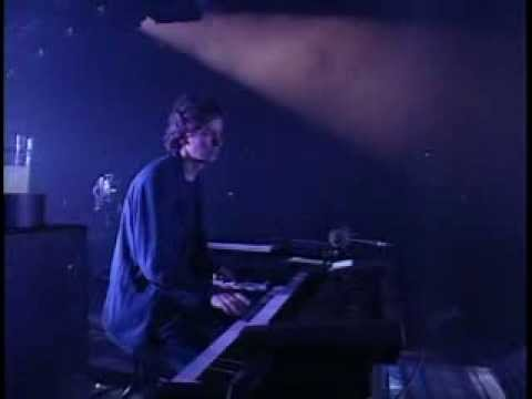 Genesis - Second Home by the Sea - Tony Banks Cam