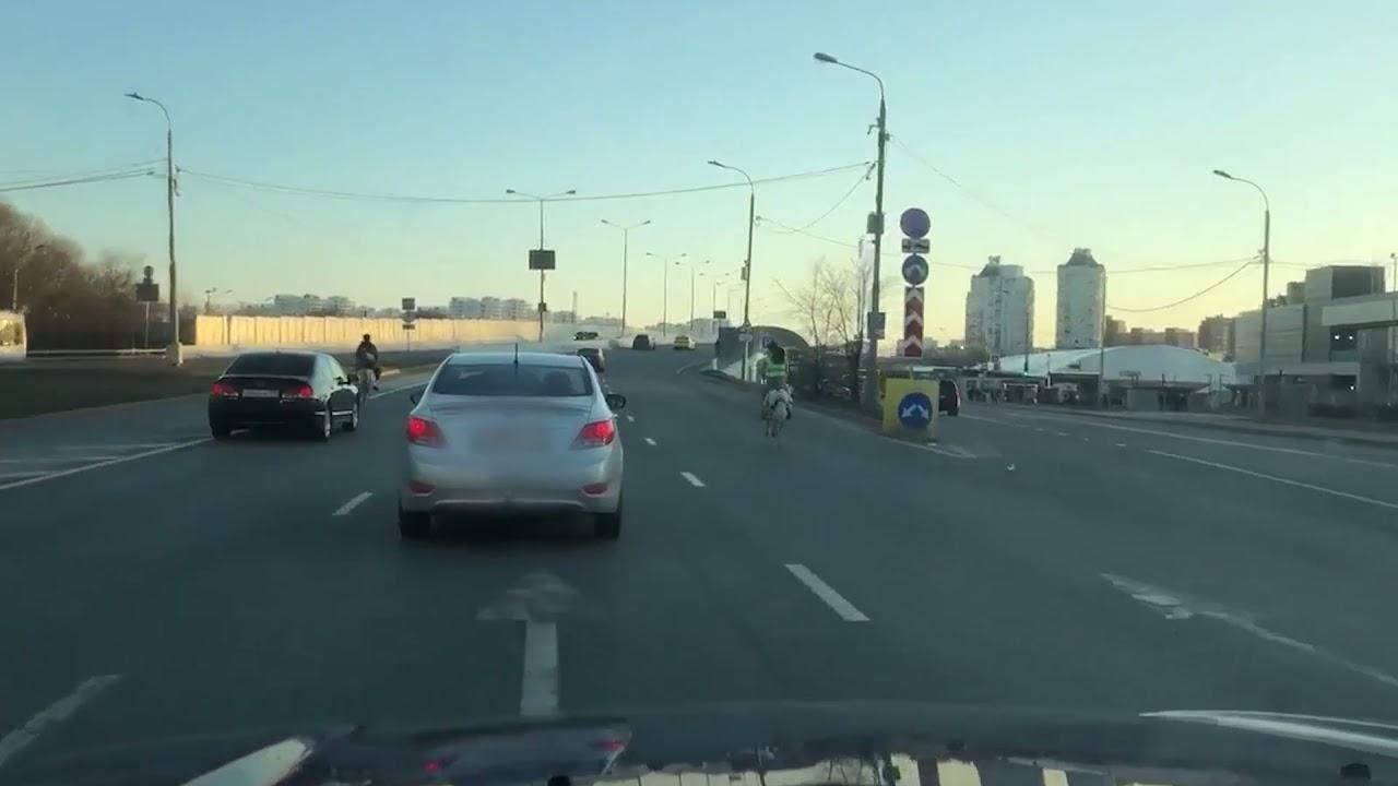 Võimalik Venemaal ponidega linnatänaval autodega võidu