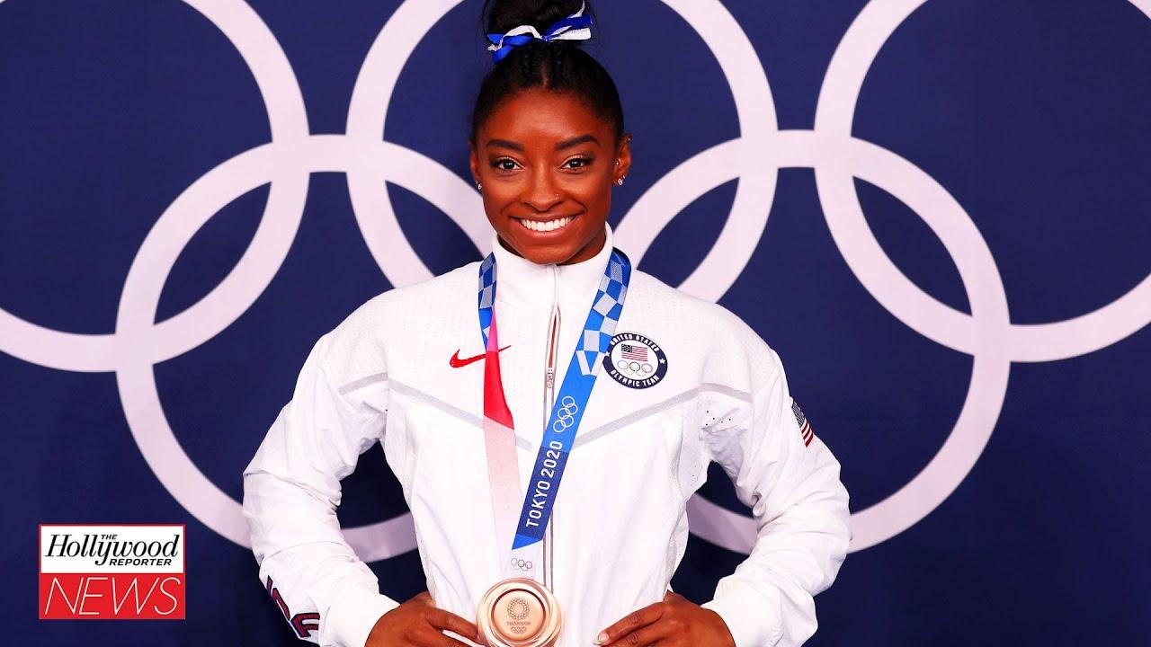 Simone Biles Wins Bronze Medal in Olympics Balance Beam Final | THR News