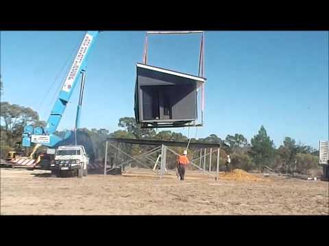 Hoek Modular Homes - Crane positioning a Modular Home