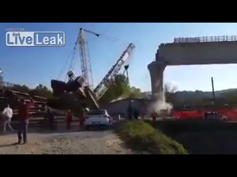 Disaster During Bridge Construction Collapse