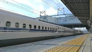豊橋駅 新幹線通過②