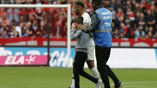 Neymar gives his shirt to a Young fan