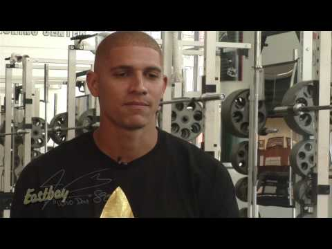 Jimmy Graham - Cleats and Gloves - Eastbay