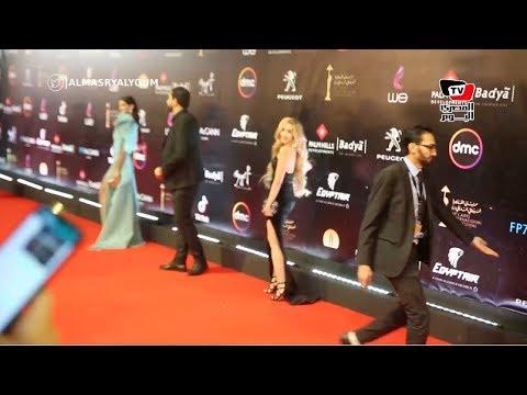 هنا الزاهد دون أحمد فهمي ونادية الجندي على السجادة الحمراء في افتتاح مهرجان القاهرة السينمائي  - نشر قبل 11 ساعة