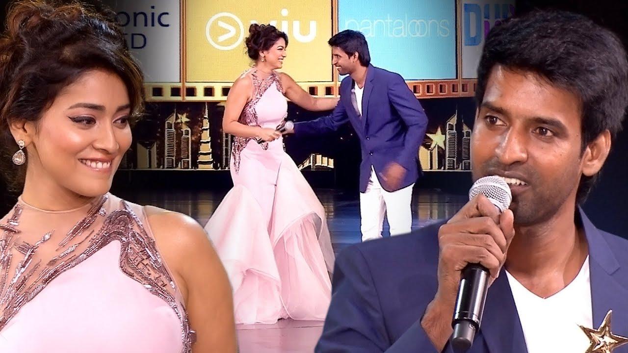 Download Shriya Saran Making Hilarious Fun With Comedian Soori's About His Six Pack Body