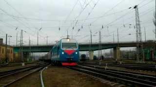 ЭП1М-398 с поездом Воркута — Адлер