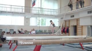 Спортивная гимнастика 3 разряд Калашникова Мирослава бревно