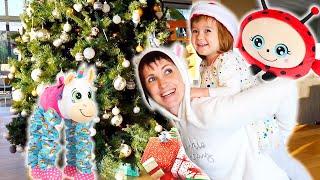 Бьянка и подарки на Новый Год от Маши Капуки. Привет, Бьянка!
