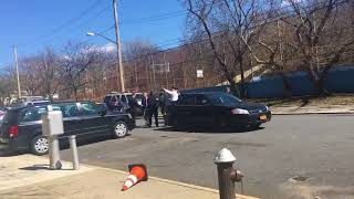 Raw video: NYPD gathers at Stapleton apartment complex for search