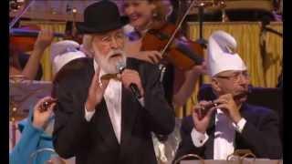 André Rieu & Vader Abraham - Das Lied der Schlümpfe 2012