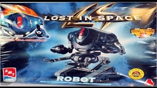 How to Build the Lost In Space Robot AMT Model Kit #8458 Review
