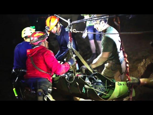 Thaïlande\: témoignage du dernier plongeur sorti de la grotte