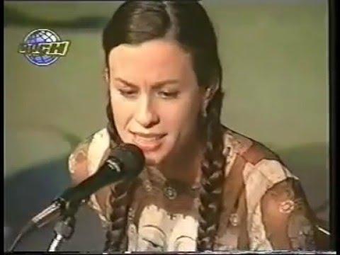 Alanis Morissette - Live At Hard Rock Café,  Buenos Aires, 1998 (Acoustic Set)