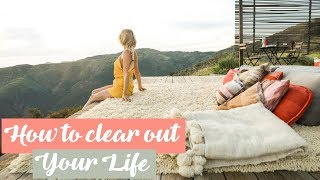 How to Clear Out Your Life! WAKE UP WEDNESDAYS | Rebecca Louise