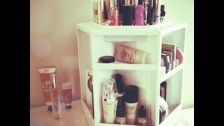 Makeup Organizer + Mini Makeup Collection