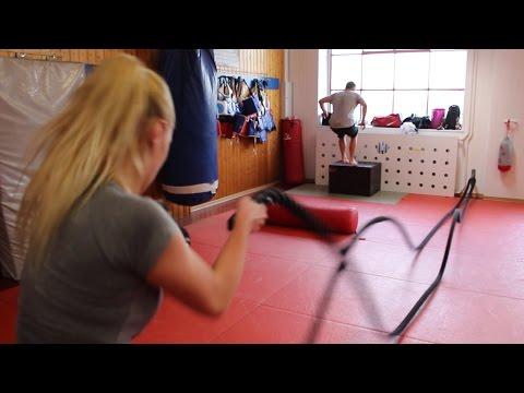 Zirkeltraining In Der Fight Academy Song Paderborn
