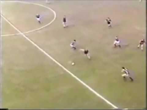 Aston villa - Tony Morley goal '81