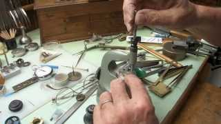 I experiment: Detent stressed by pressure or by tension? Ich experi...