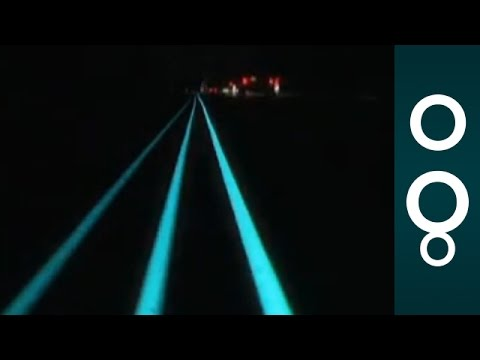 Smart, Glowing (and Artistic) Highway in Netherlands - Hi-Tech