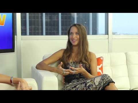 Maiara Walsh Talks