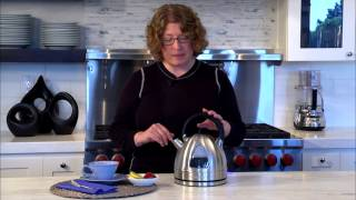 Cuisinart Cordless Electric Kettle (DK-17) Demo Video