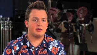 Noah Munck (Gibby) discusses the atmosphere on the set of iCarly.
