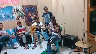 Nuk naca ge (merindukan kekasih)... Lagu dalam bahasa Manggarai-Flores..