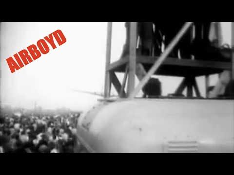 "Douglas B-19 Fly-Over Long Beach ""Blackout"" Factory (1941)"