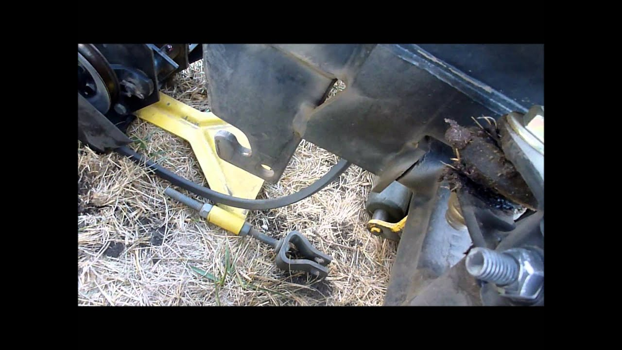 Attaching a deck to a John Deere 318 322 332 316 on