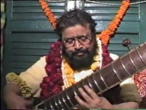 Thakur Sri Sri Balak Brahmachari Maharaj. Place: Sukchar Kolkata, Date: 31st January 1990