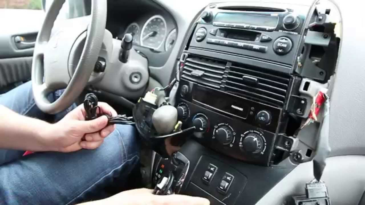 Bluetooth Kit for Toyota Sienna 2004-2010 by GTA Car Kits - YouTube