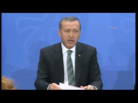 Başbakan Erdoğan ile Angela Merkel birlikte soruları cevapladı