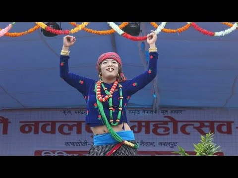 फुलन्देकाे आमाको डान्स - Fulande  Aama Dance - Umesh Rai Comedy Dance
