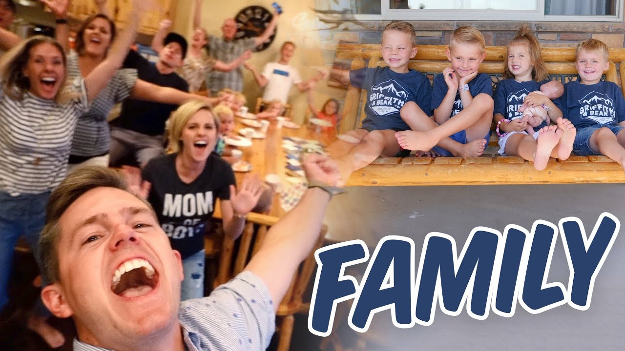 GiANT YOUTUBE FAMiLY REUNiON | 20 KiDS iN ONE CABiN!