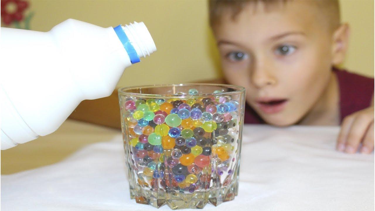 ЧТО ЕСЛИ ШАРИКИ ОРБИЗ ЗАЛИТЬ ОТБЕЛИВАТЕЛЕМ? Эксперименты с орбиз на детском канале