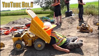 YouTube GOLD - (S3 E9) OVERLY DRAMATIC GOLD MINING | RC ADVENTURES