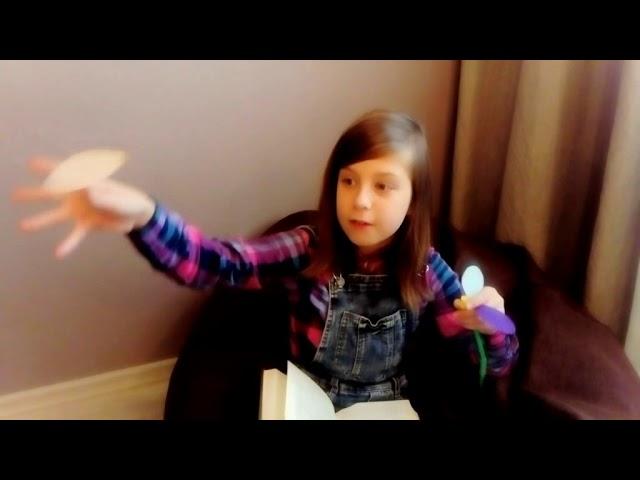 Изображение предпросмотра прочтения – Виктория, АнастасияМатюшкины читает произведение «Цветик-семицветик.» В.П.Катаева