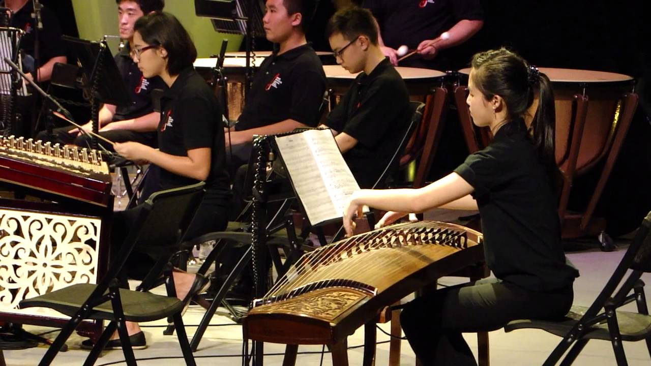 Chinese orchestra: Traditional Chinese music 平湖秋月 - YouTube