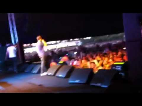 Pez & 360 - The Festival Song (LIVE) 2011 GTM