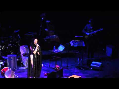 Camille O'Sullivan - Anthem (Leonard Cohen)