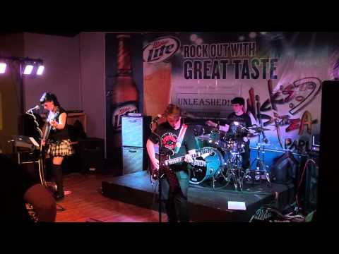 PICK UP THE PHONE (Falling in Reverse Cover)  - QUEEN OF THE WICKED (UNLEASHED!! ORIGINAL))