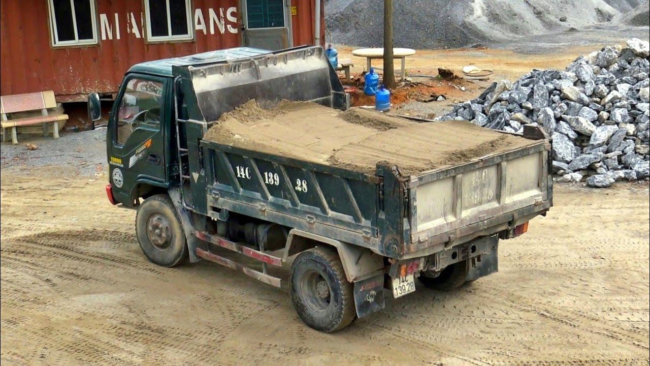 Máy Xúc Lật Mini Múc Cát, Xe Ô Tô Tải Ben TMT Làm Việc | Loader Truck | TienTube TV