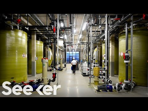 Giant Flow Batteries Could Power Your City In The Future