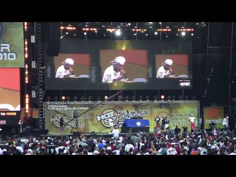 Juelz Santana There It Go The Whistle Song @ Hot 97s Summer Jam 2010