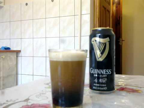 Guinness Beer video, как у пива Гиннес пена идет вниз