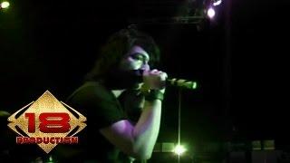 Download Lagu Armada - Kekasih Yang Tak Dianggap (Live Konser Ciledug 1 Juni 2008) mp3