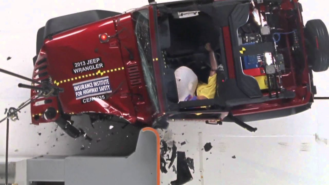 2013 Jeep Wrangler 2door CRASH TEST IIHS   Small Overlap Test   YouTube